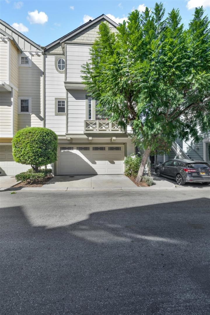 Detail Gallery Image 1 of 1 For 29 Creekside Ln, San Mateo,  CA 94401 - 3 Beds | 2/1 Baths