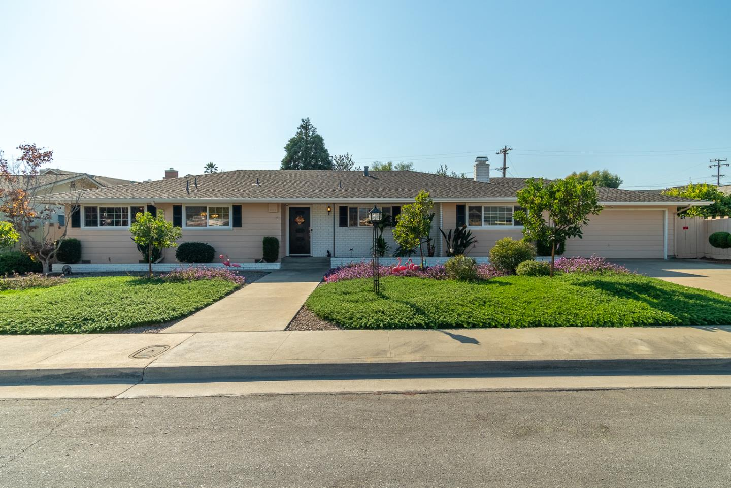Detail Gallery Image 1 of 1 For 165 Logan St, Watsonville,  CA 95076 - 3 Beds   2 Baths