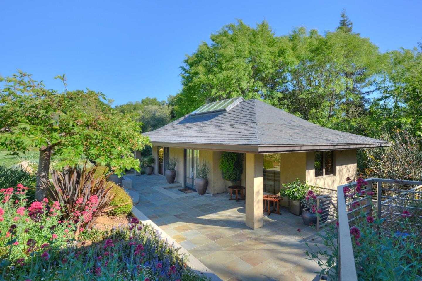 26140 Rancho Manuella LN, LOS ALTOS HILLS, California 94022, 5 Bedrooms Bedrooms, ,6 BathroomsBathrooms,Residential,For Sale,26140 Rancho Manuella LN,ML81818627