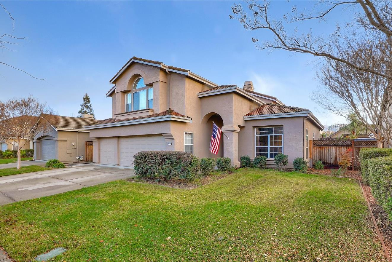 Detail Gallery Image 1 of 1 For 16940 Marbella Ct, Morgan Hill,  CA 95037 - 4 Beds   3 Baths