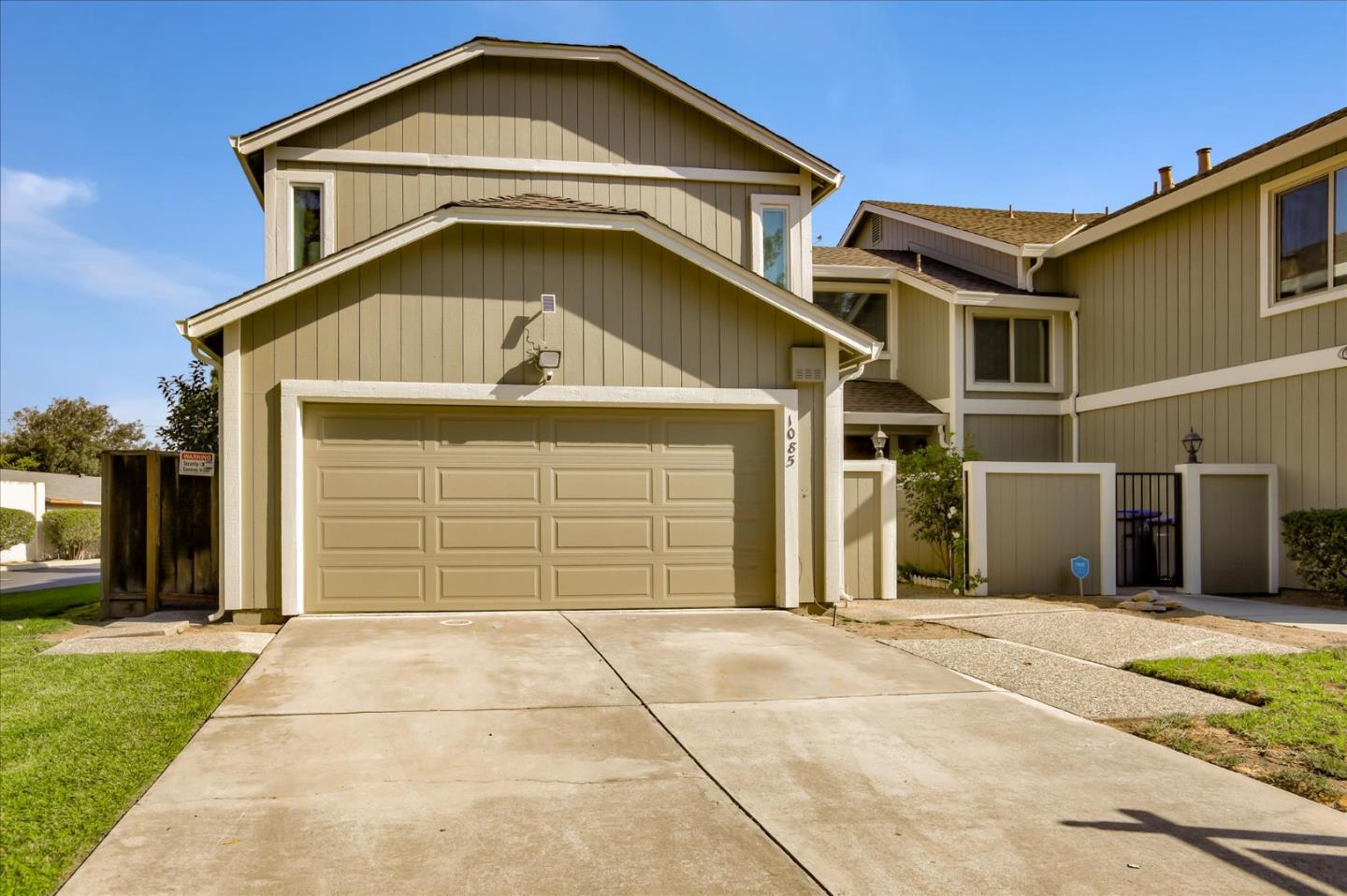 Detail Gallery Image 1 of 1 For 1085 Longshore Dr, San Jose,  CA 95128 - 3 Beds | 2/1 Baths