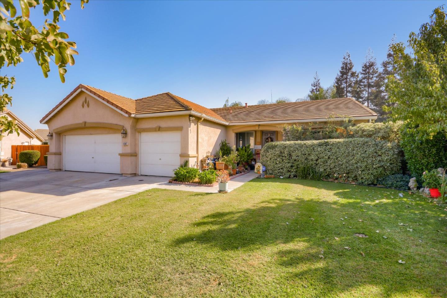 Detail Gallery Image 1 of 1 For 5542 Mirror Pl, Stockton,  CA 95219 - 4 Beds | 2 Baths