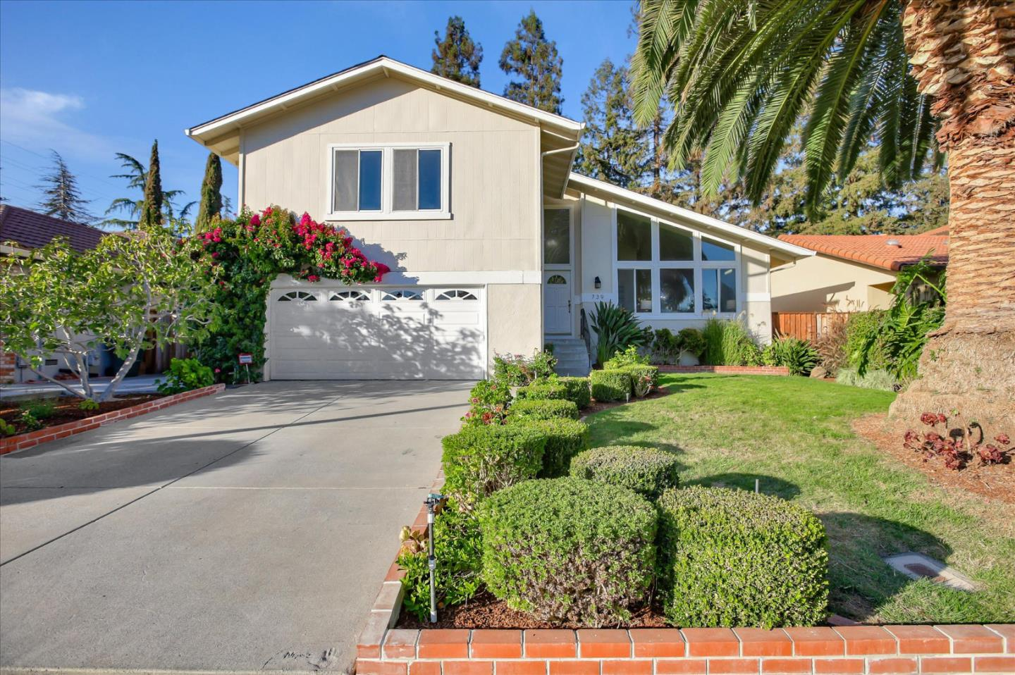 Detail Gallery Image 1 of 1 For 739 Bamboo Dr, Sunnyvale,  CA 94086 - 4 Beds | 2/1 Baths