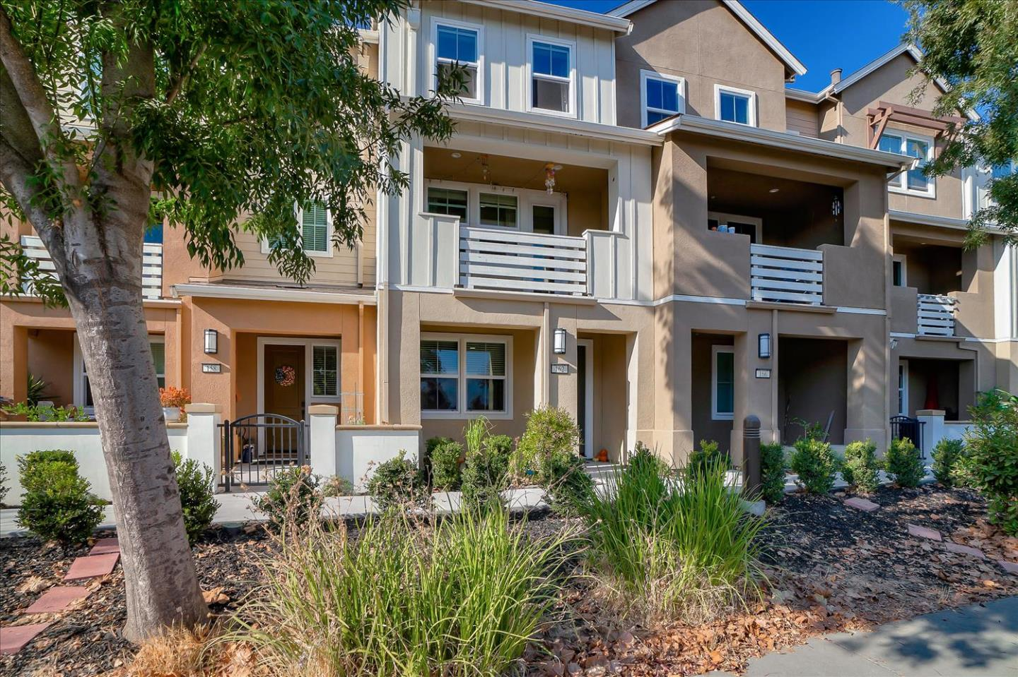 Detail Gallery Image 1 of 1 For 162 Triggs Ln, Morgan Hill,  CA 95037 - 3 Beds   3/1 Baths