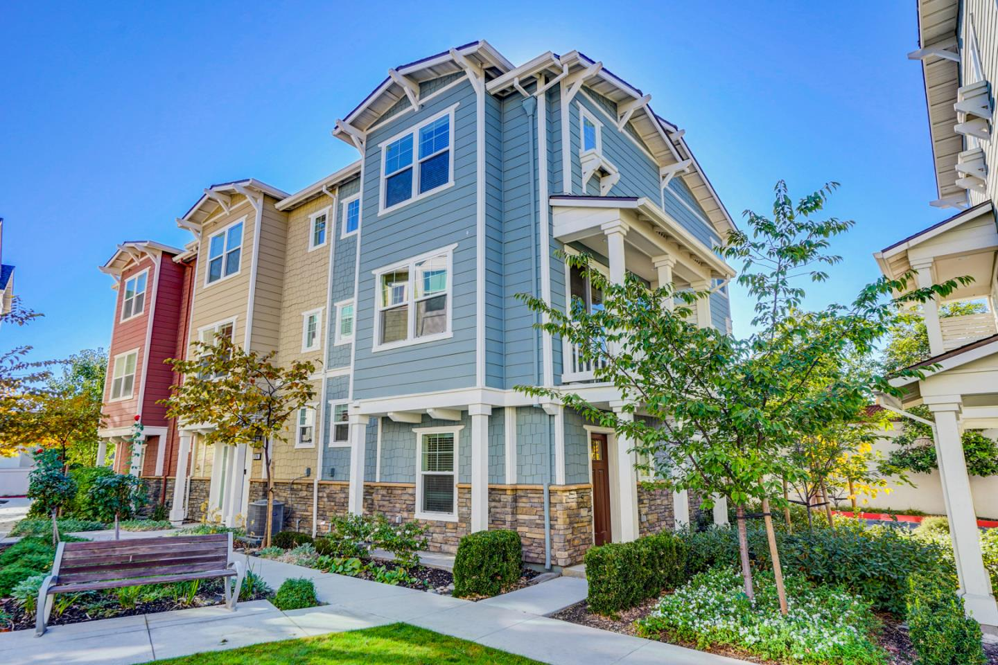 Detail Gallery Image 1 of 1 For 324 Amaryllis Ter, Sunnyvale,  CA 94086 - 3 Beds | 2/1 Baths
