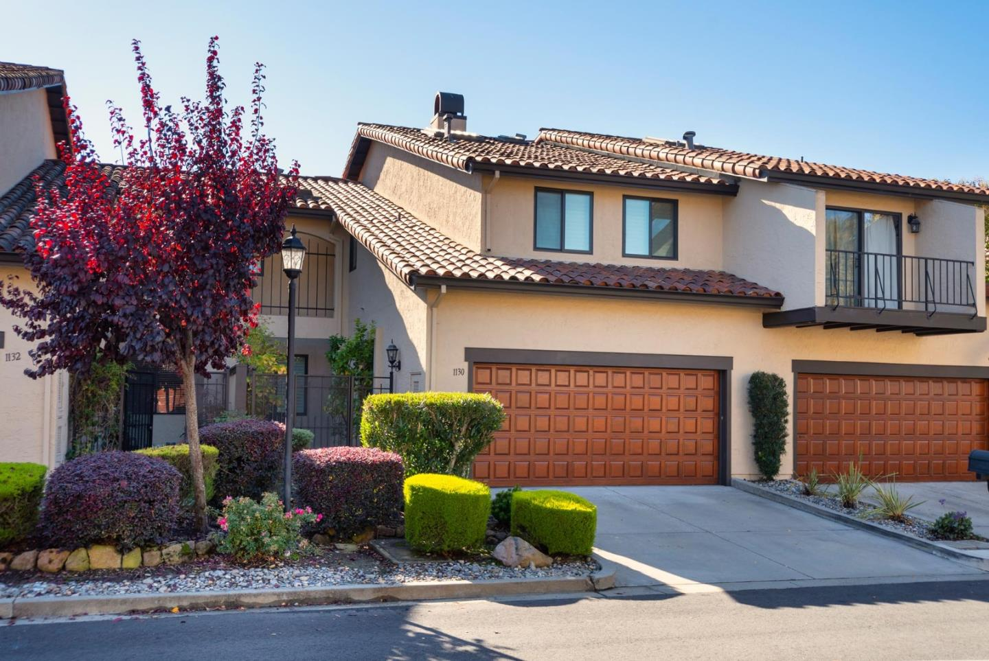 Detail Gallery Image 1 of 1 For 1130 Royal Ln, San Carlos,  CA 94070 - 3 Beds | 2/1 Baths