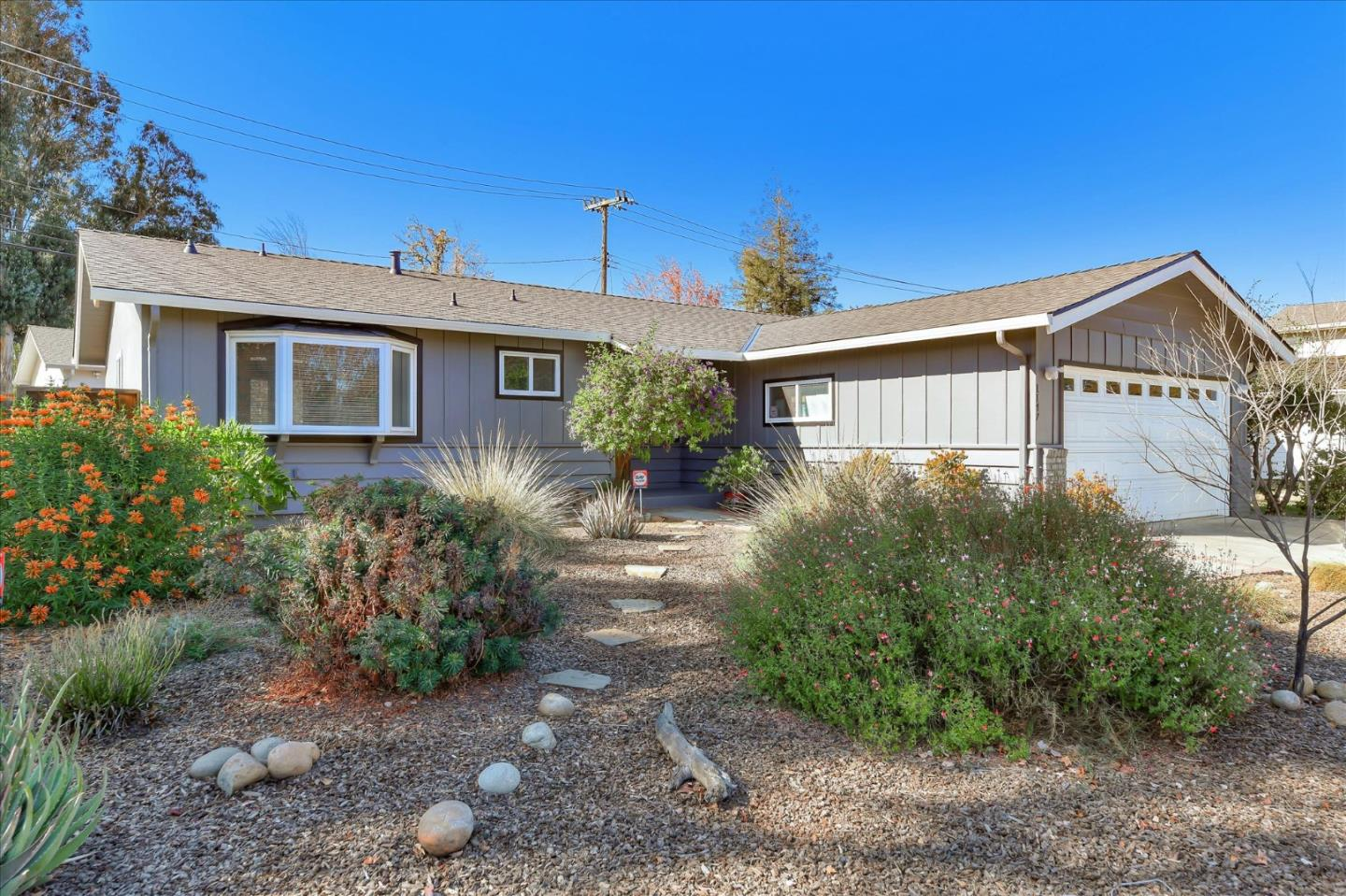Detail Gallery Image 1 of 1 For 1147 S Baywood Ave, San Jose,  CA 95128 - 3 Beds   2 Baths