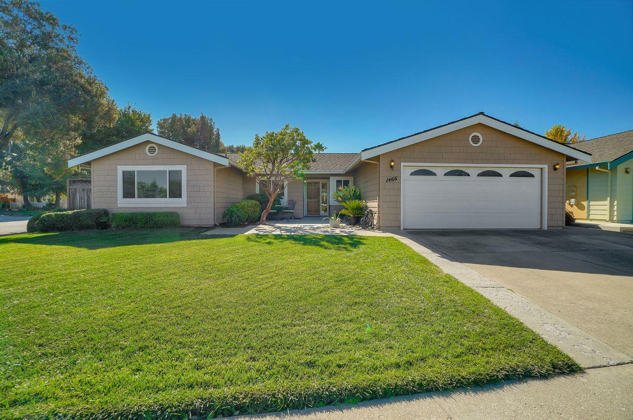 Detail Gallery Image 1 of 1 For 1466 Bay Tree Dr, Gilroy,  CA 95020 - 4 Beds | 2 Baths