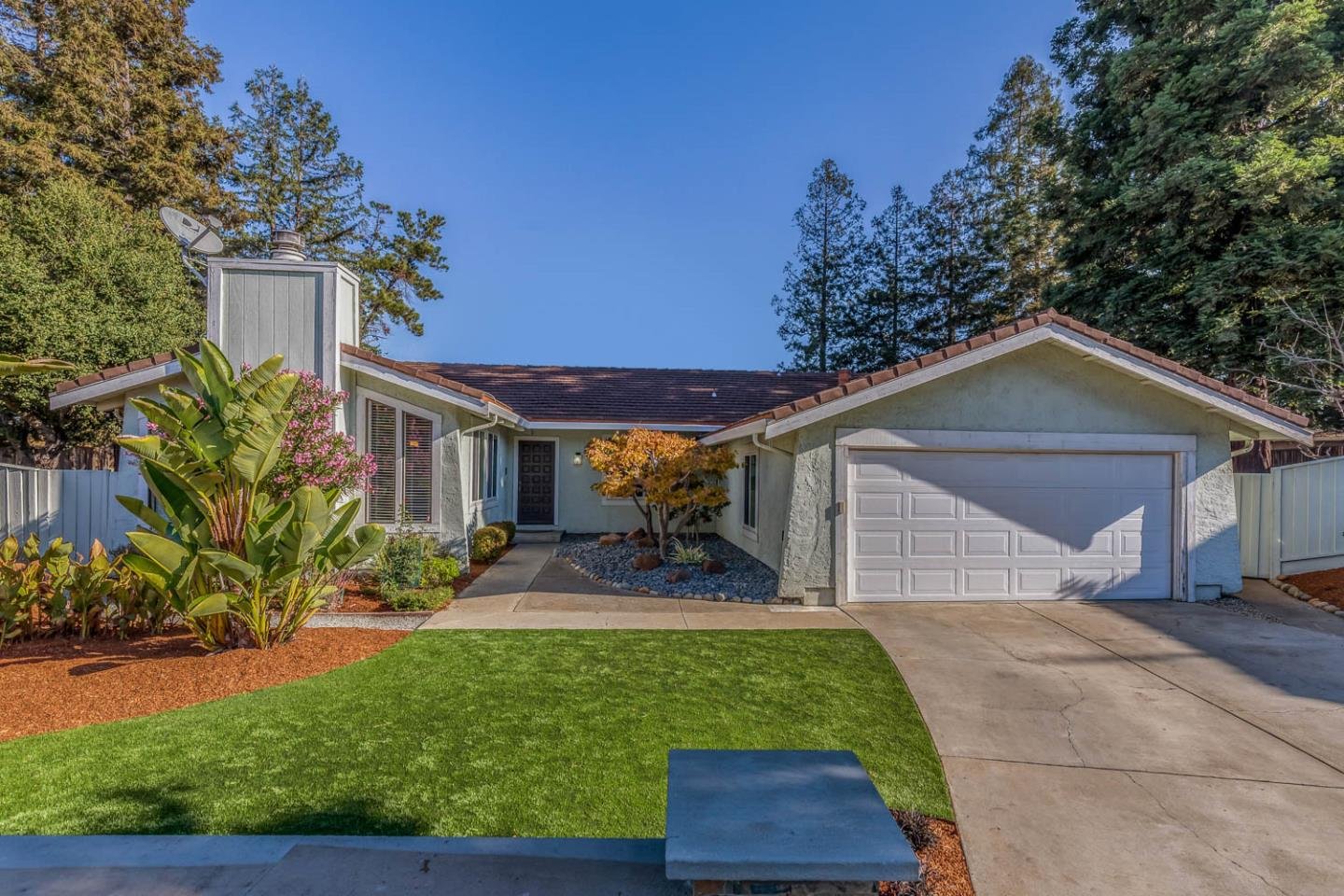 Detail Gallery Image 1 of 1 For 2300 Friars Ln, Los Altos,  CA 94024 - 4 Beds | 2 Baths