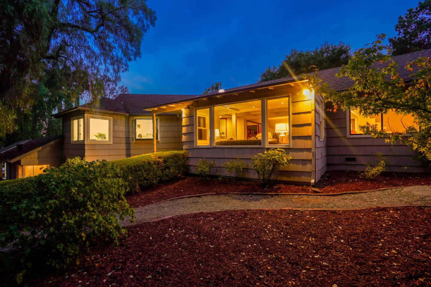Detail Gallery Image 1 of 1 For 620 Magdalena Ave, Los Altos,  CA 94024 - 4 Beds | 3/1 Baths