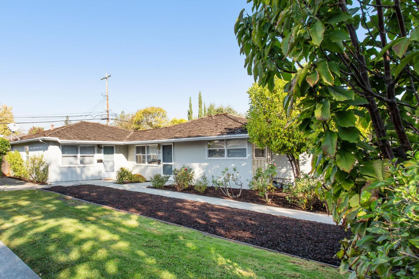 Detail Gallery Image 1 of 1 For 1814-1816 Woodside Rd, Redwood City,  CA 94061 - – Beds | – Baths