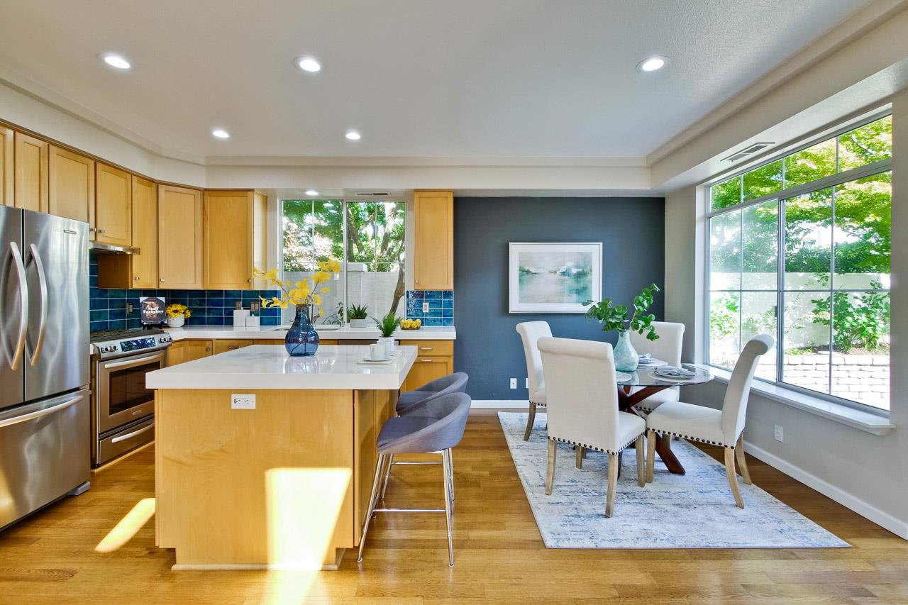 Detail Gallery Image 1 of 1 For 207 Palmita Pl, Mountain View,  CA 94041 - 2 Beds   2/1 Baths