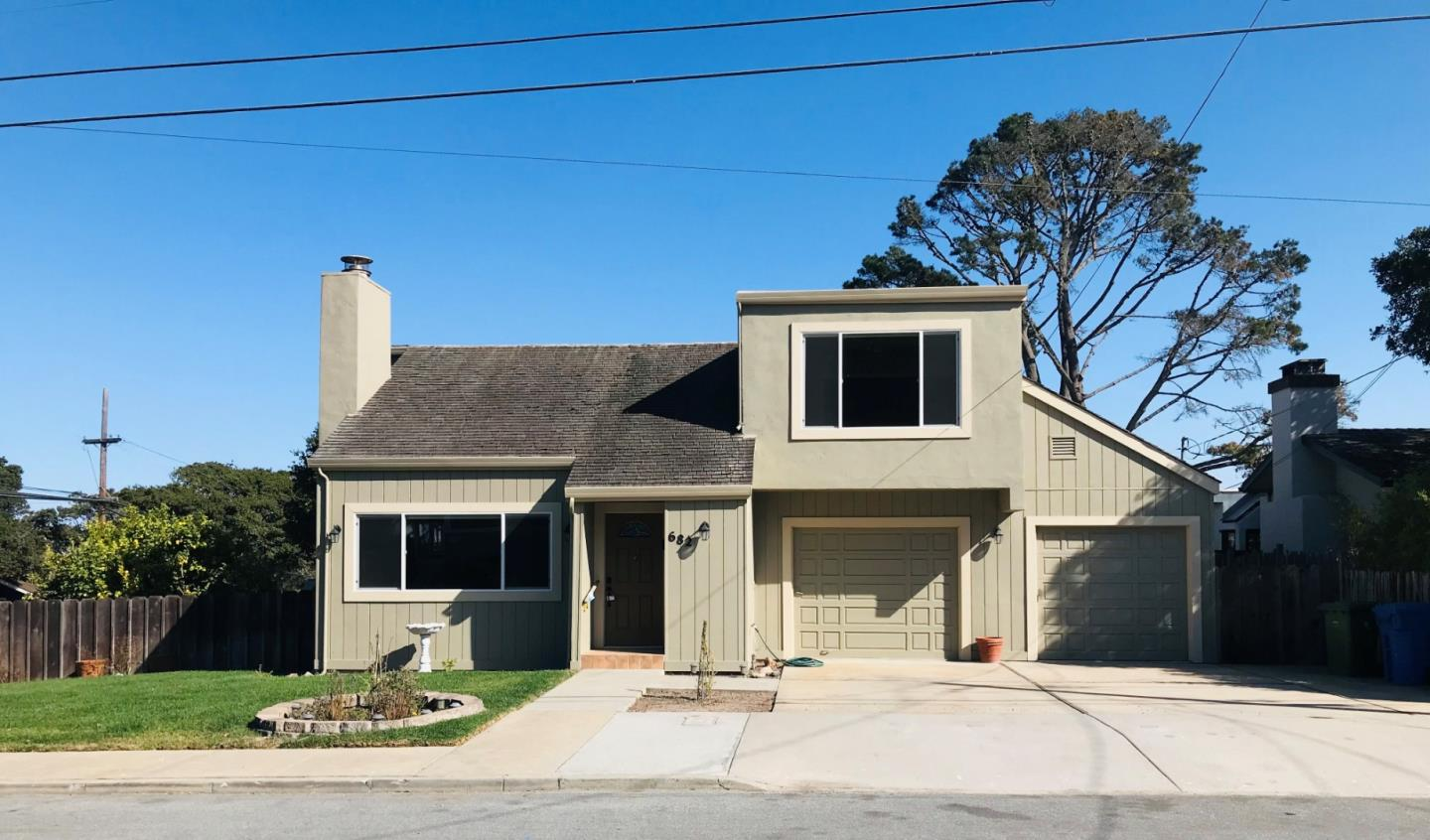 Detail Gallery Image 1 of 1 For 682 Cypress St, Monterey,  CA 93940 - 3 Beds | 2/1 Baths