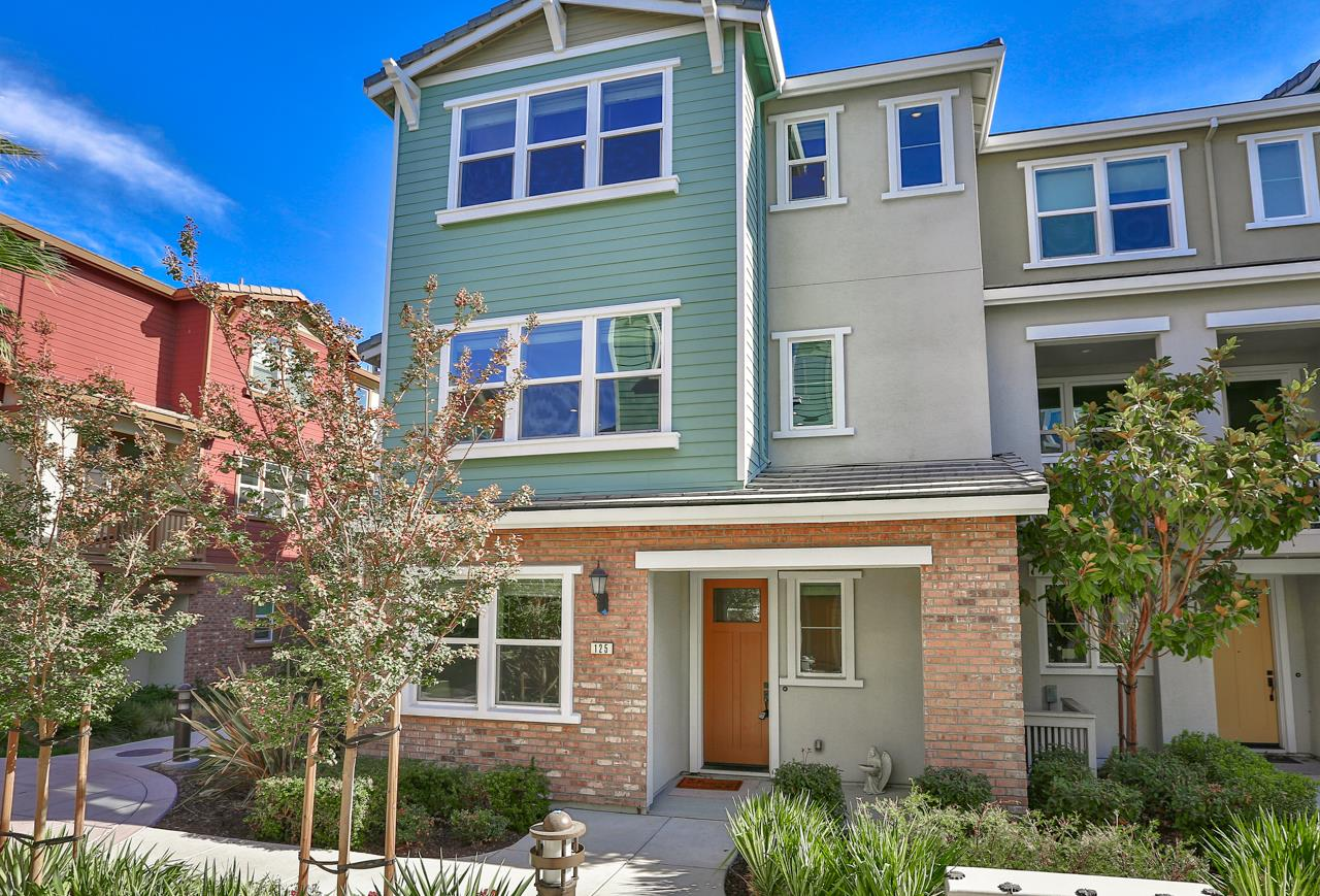 Detail Gallery Image 1 of 1 For 125 Ivory Palm Ter, Sunnyvale,  CA 94086 - 3 Beds | 3/1 Baths