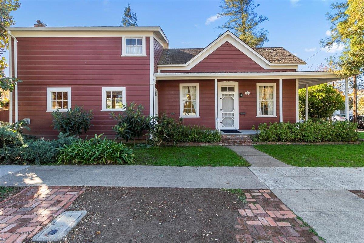 Detail Gallery Image 1 of 1 For 7591 Rosanna St, Gilroy,  CA 95020 - 4 Beds | 1 Baths