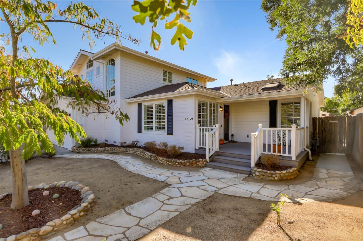Detail Gallery Image 1 of 1 For 17770 Vista Ave, Monte Sereno,  CA 95030 - 4 Beds | 3/1 Baths