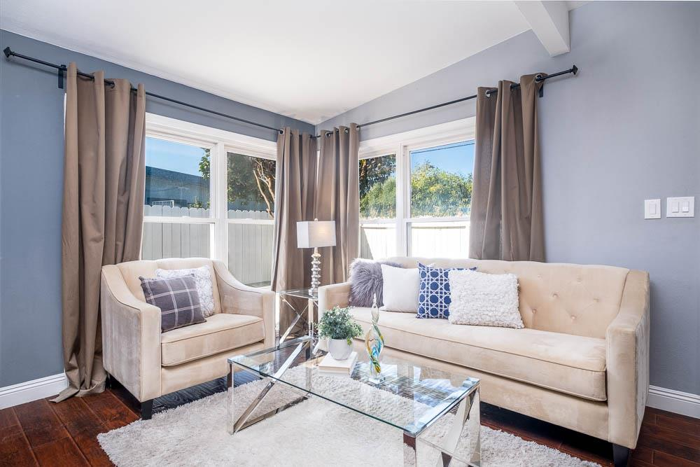 Detail Gallery Image 1 of 30 For 1654 Michigan Ave, East Palo Alto,  CA 94303 - 3 Beds | 2 Baths