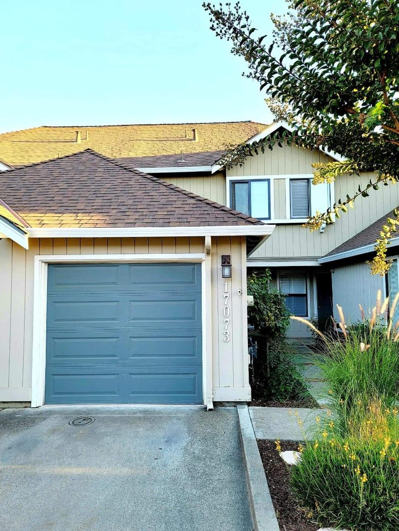 Detail Gallery Image 1 of 1 For 17073 Creekside Cir, Morgan Hill,  CA 95037 - 2 Beds | 1/1 Baths