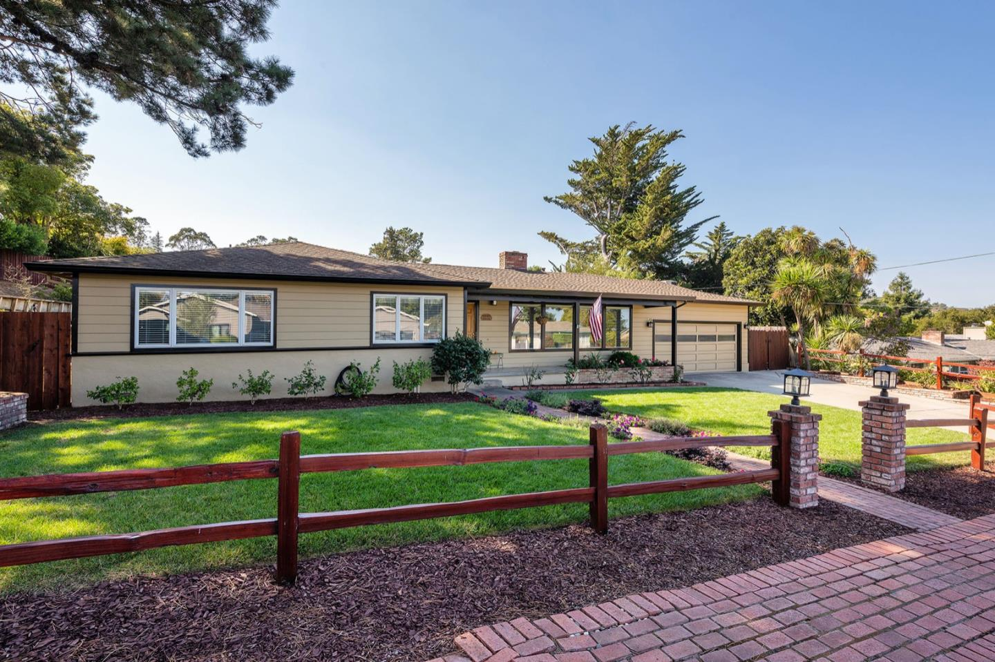 Detail Gallery Image 1 of 1 For 2072 Kings Ln, San Mateo,  CA 94402 - 3 Beds | 2/1 Baths