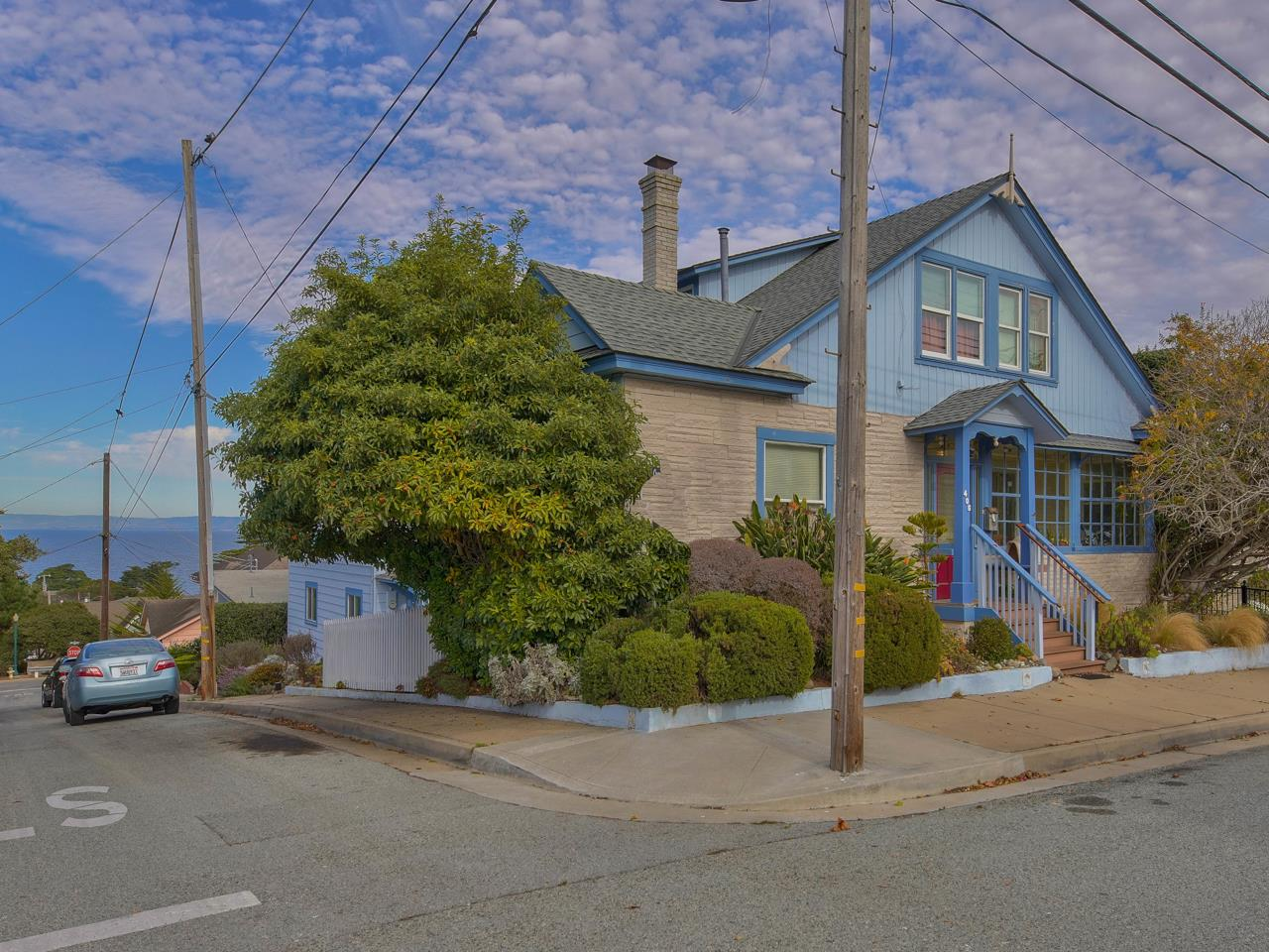 Detail Gallery Image 1 of 1 For 215 11th St, Pacific Grove,  CA 93950 - 10 Beds | 5/1 Baths