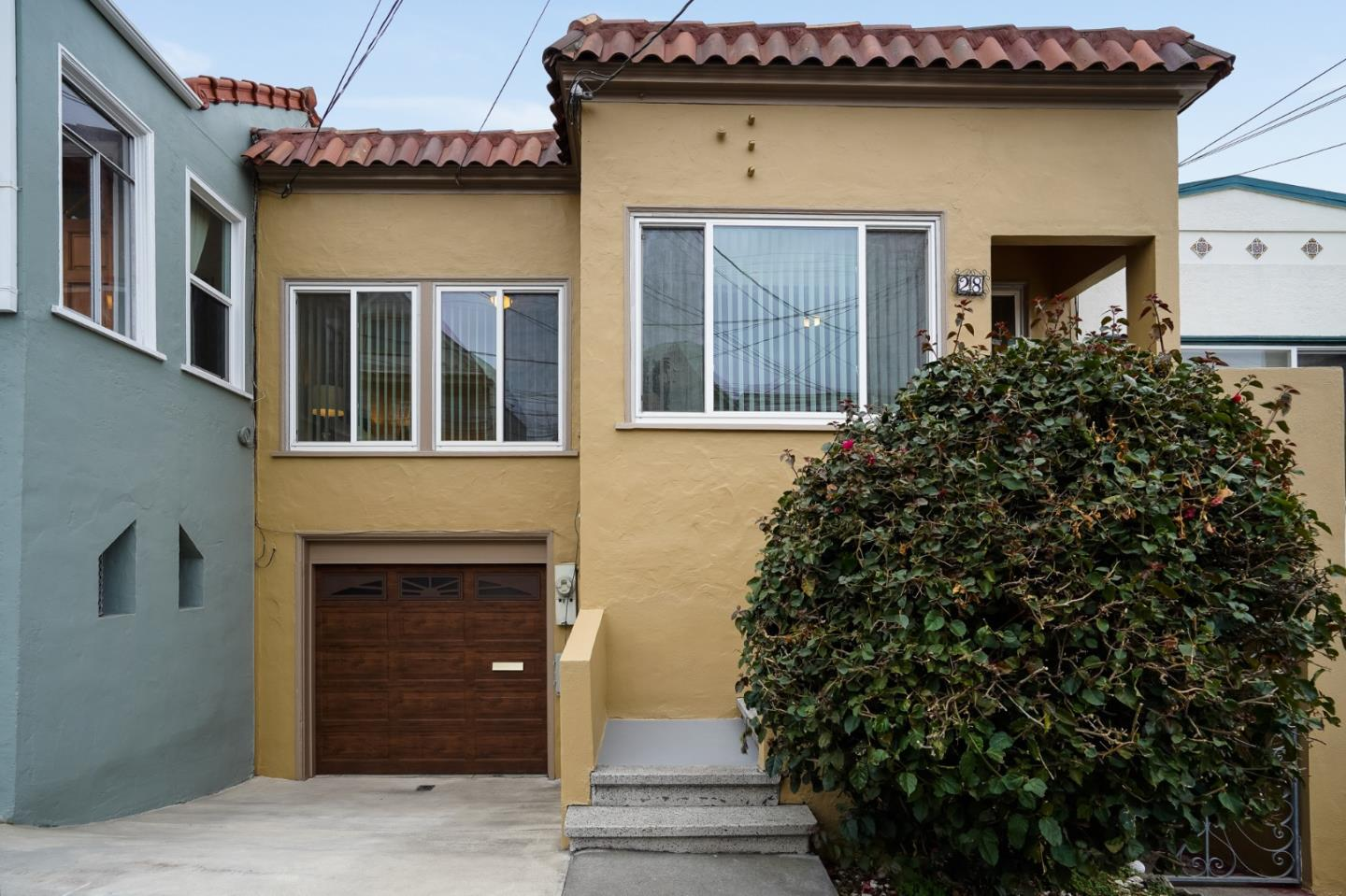 Detail Gallery Image 1 of 1 For 28 Shakespeare St, Daly City,  CA 94014 - 3 Beds | 2 Baths