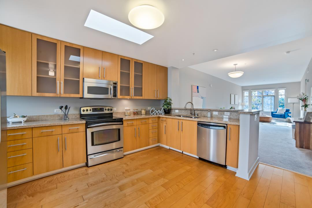 Detail Gallery Image 1 of 33 For 20 S 2nd St #429,  San Jose,  CA 95113 - 2 Beds | 2 Baths