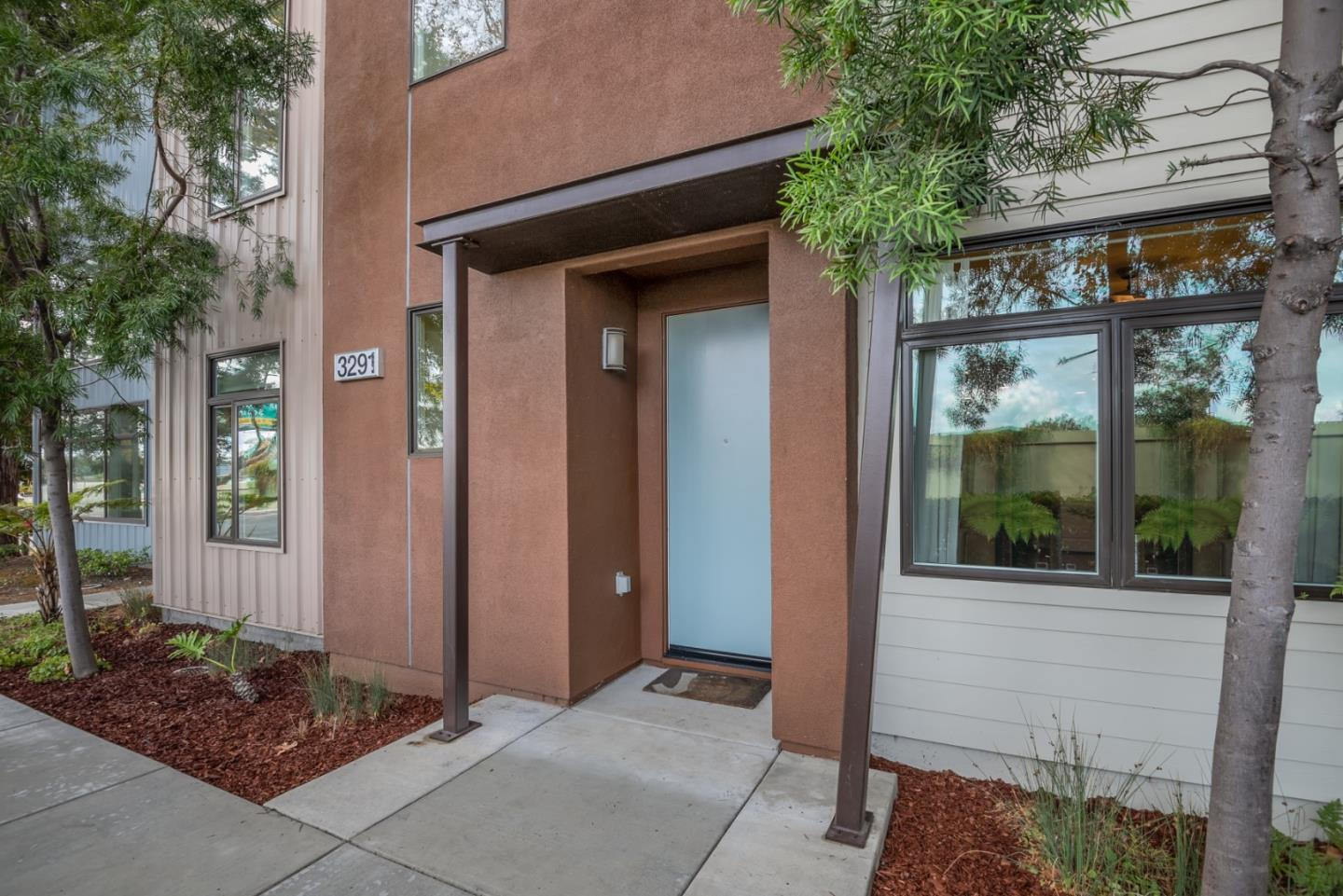 Detail Gallery Image 1 of 1 For 3291 Berryessa St #5,  Palo Alto,  CA 94303 - 3 Beds   2 Baths