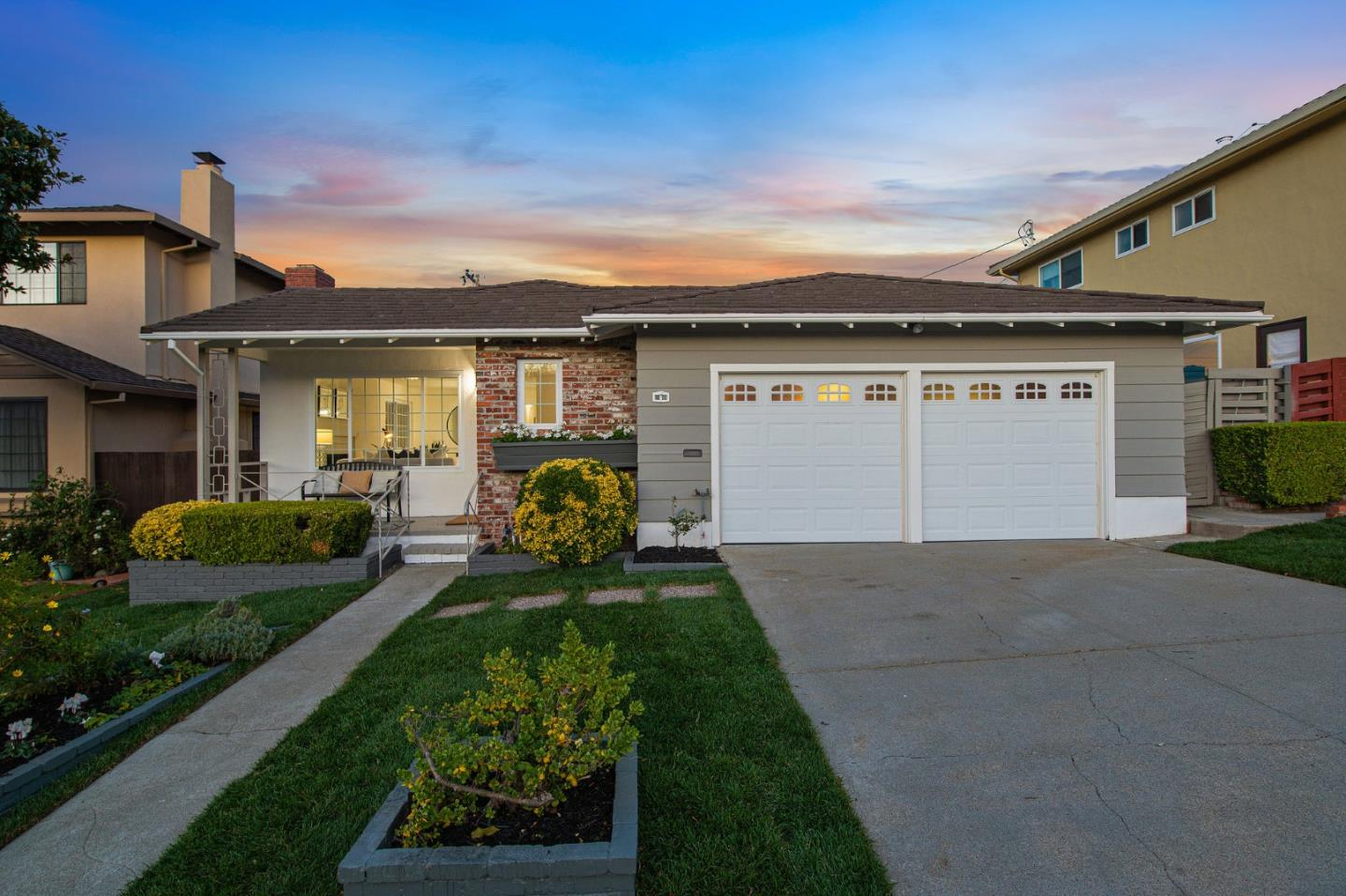 Detail Gallery Image 1 of 1 For 6 Seville Ct, Millbrae,  CA 94030 - 3 Beds | 2 Baths