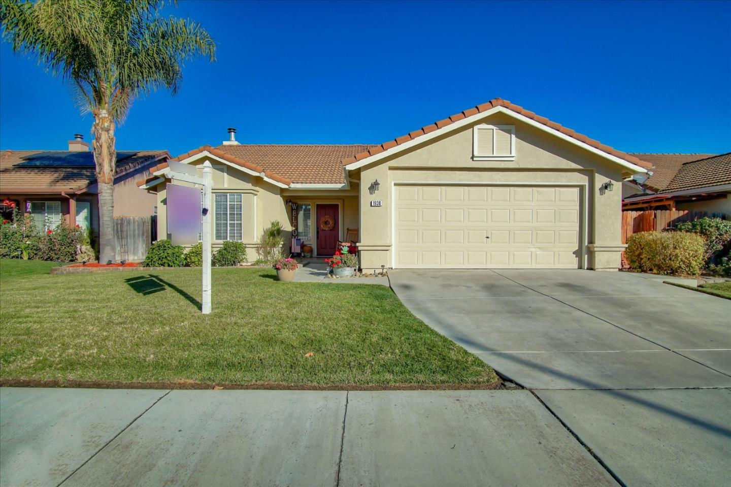Detail Gallery Image 1 of 1 For 1930 Spruce Dr, Hollister,  CA 95023 - 3 Beds   2 Baths