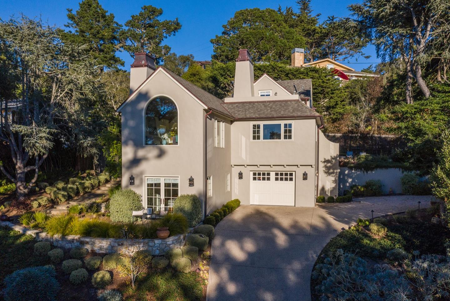 Detail Gallery Image 1 of 28 For 24429 Portola Ave, Carmel,  CA 93923 - 4 Beds   3/1 Baths
