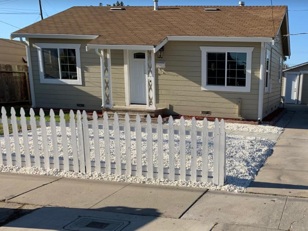 Detail Gallery Image 1 of 1 For 349 Cross Ave, Salinas,  CA 93905 - 3 Beds | 1 Baths