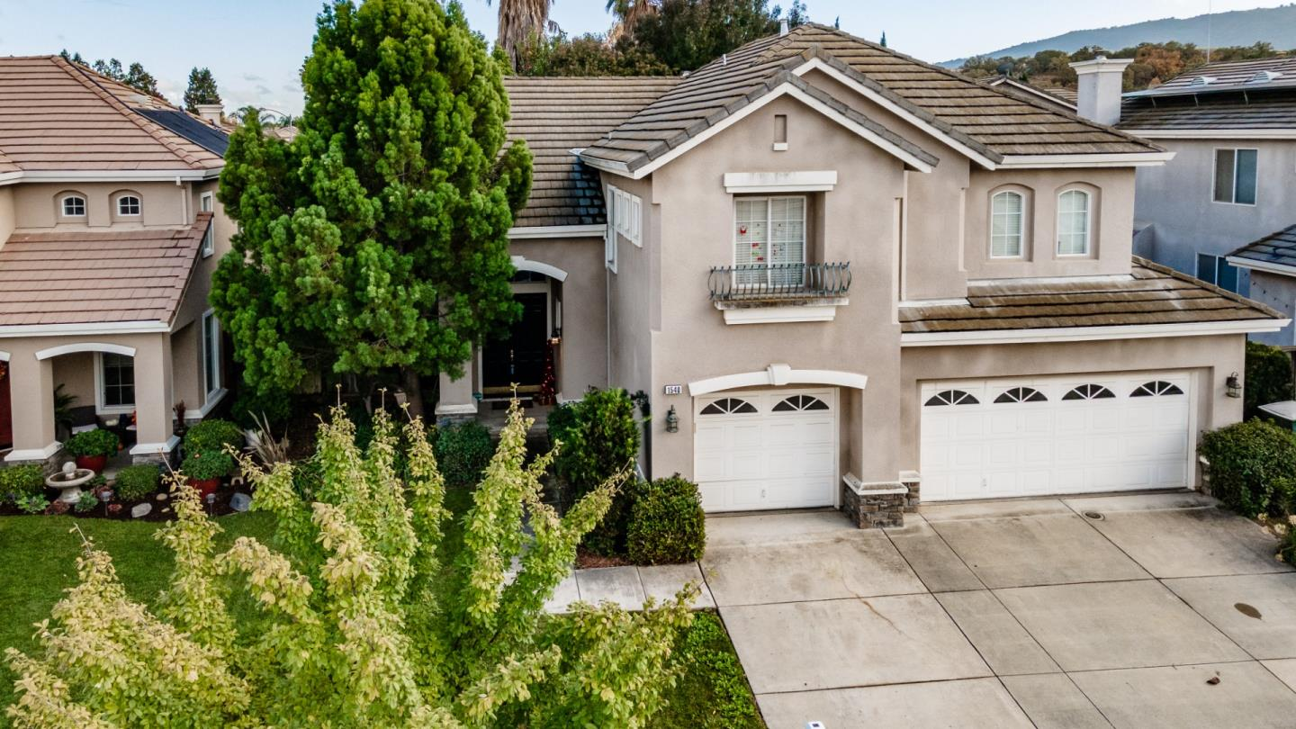 Detail Gallery Image 1 of 1 For 1540 Peregrine Dr, Gilroy,  CA 95020 - 4 Beds | 2/1 Baths