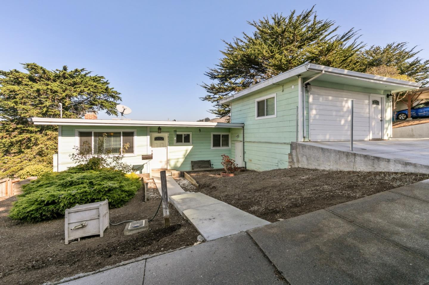 Detail Gallery Image 1 of 1 For 411 Talbot Ave, Pacifica,  CA 94044 - 4 Beds | 2 Baths