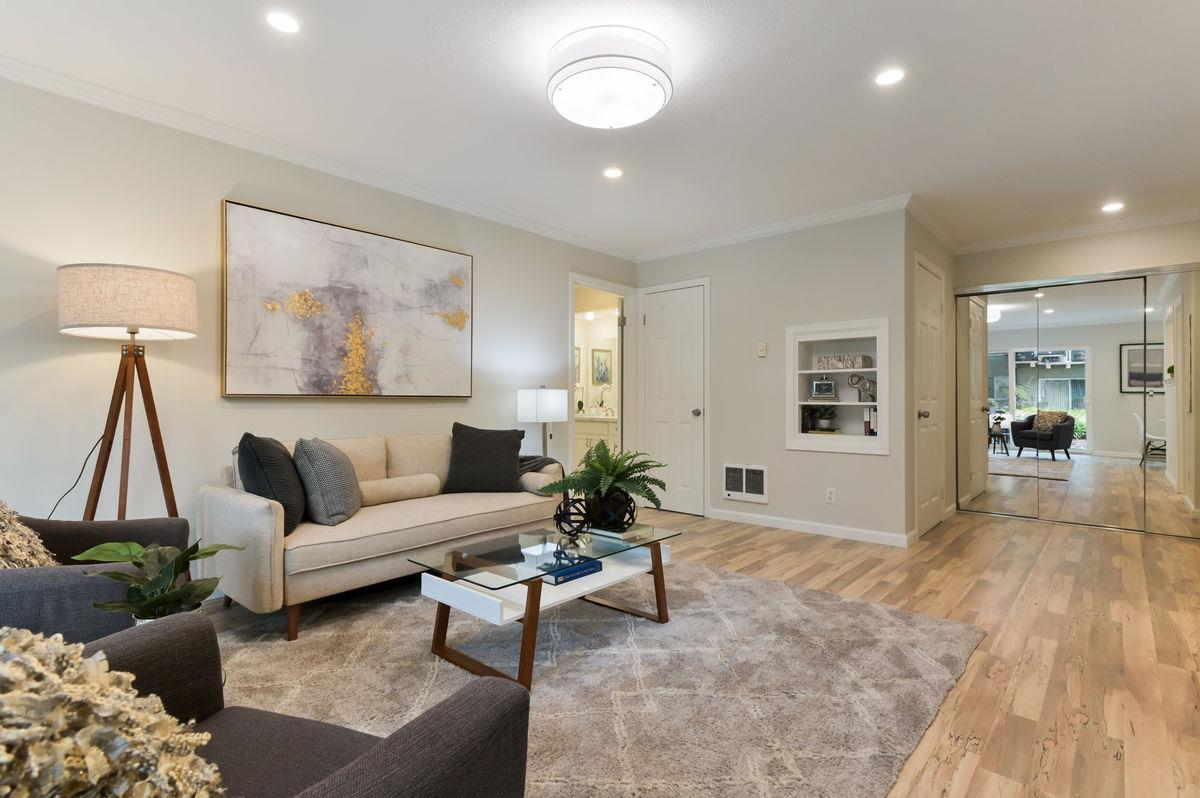 Detail Gallery Image 1 of 1 For 800 N Delaware St #205,  San Mateo,  CA 94401 - 1 Beds | 1 Baths