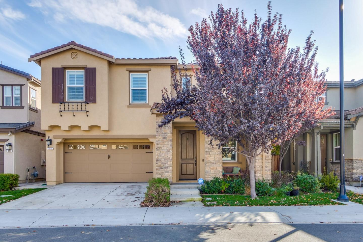 Detail Gallery Image 1 of 1 For 249 Gerald Cir, Milpitas,  CA 95035 - 4 Beds | 2/1 Baths