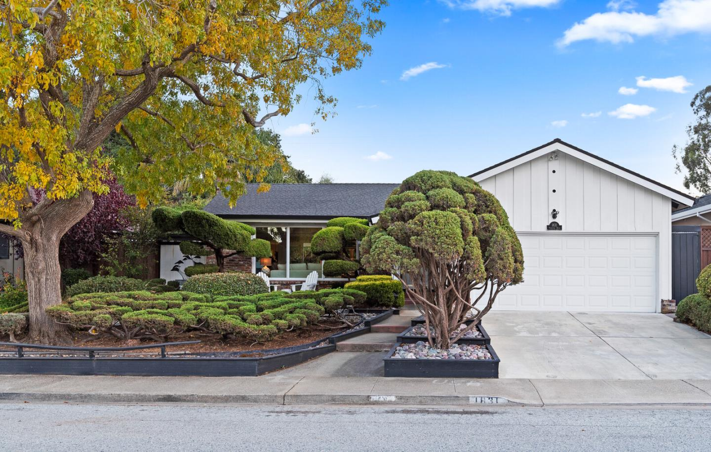 Detail Gallery Image 1 of 1 For 1831 Parkview Dr, San Bruno,  CA 94066 - 3 Beds   2 Baths
