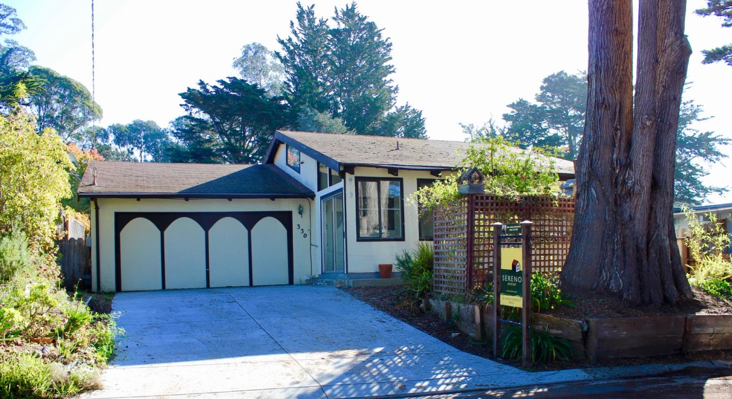 Detail Gallery Image 1 of 1 For 330 Loyola Dr, Aptos,  CA 95003 - 2 Beds | 2 Baths