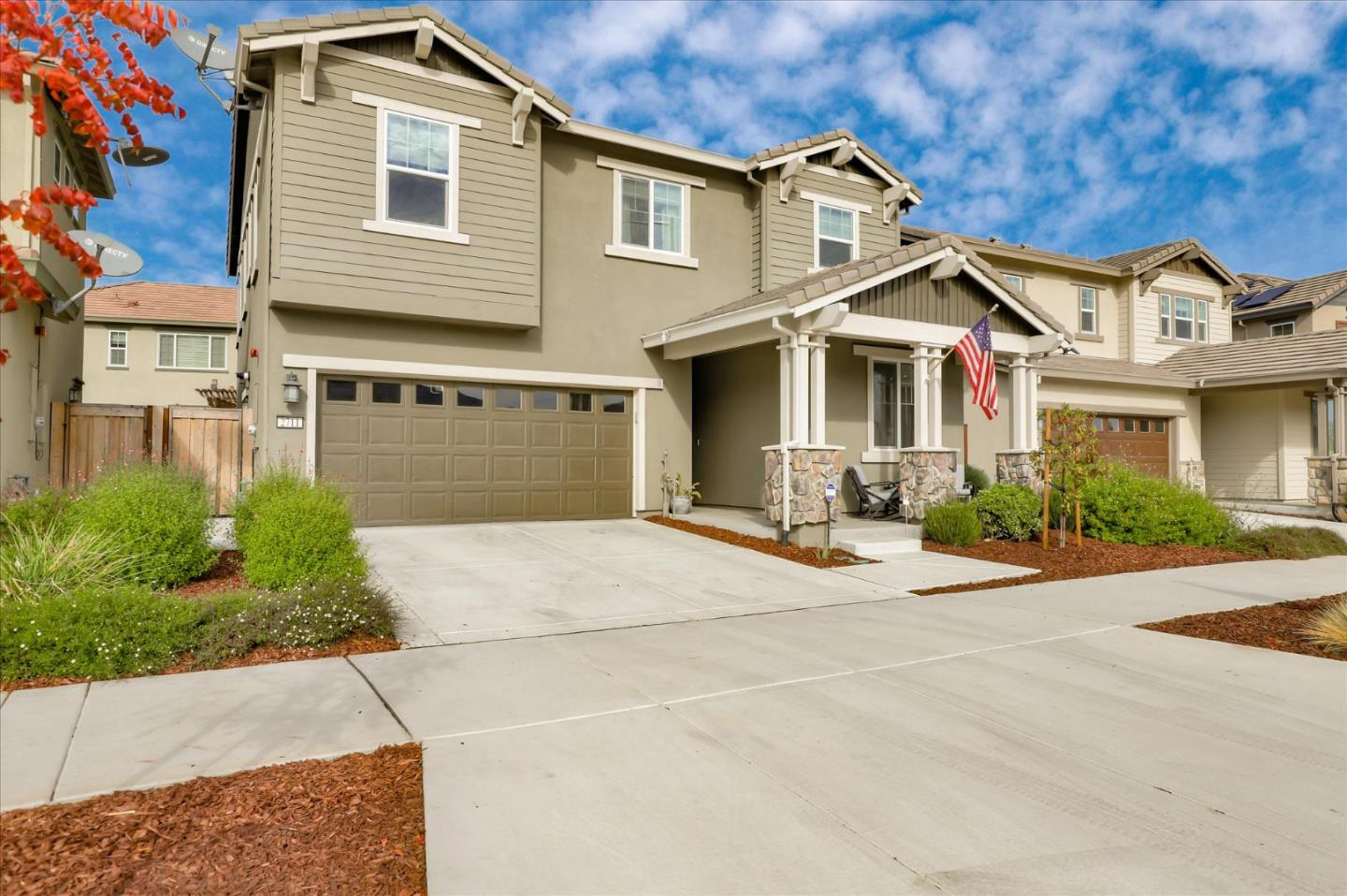 Detail Gallery Image 1 of 1 For 2711 Grassland Way, Gilroy,  CA 95020 - 4 Beds | 3/1 Baths