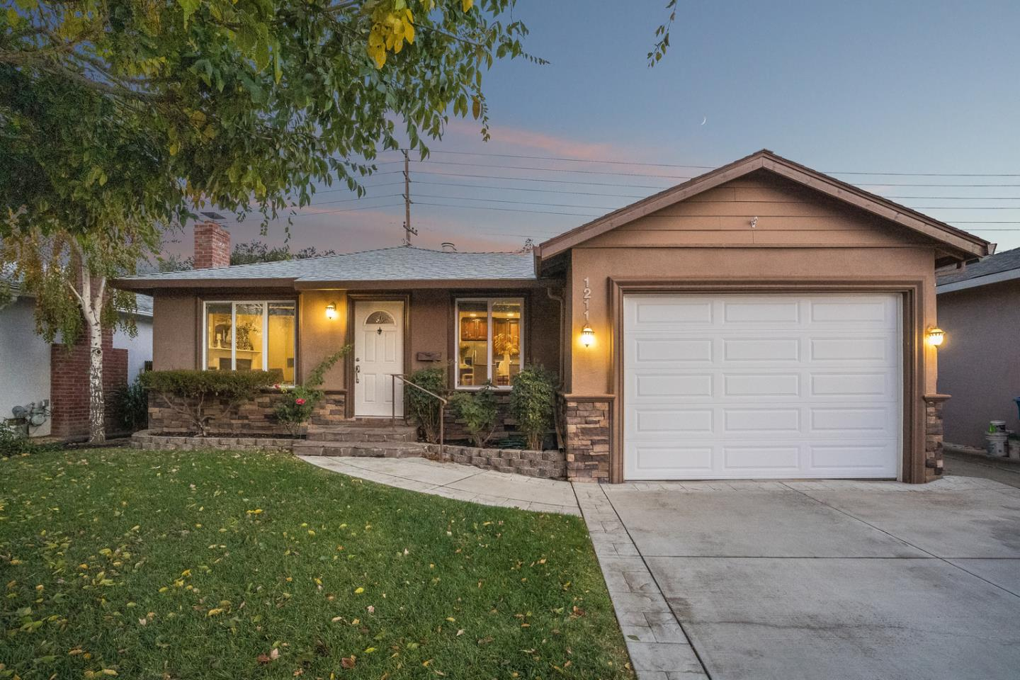 Detail Gallery Image 1 of 1 For 1211 Foley Ave, Santa Clara,  CA 95051 - 3 Beds   2 Baths