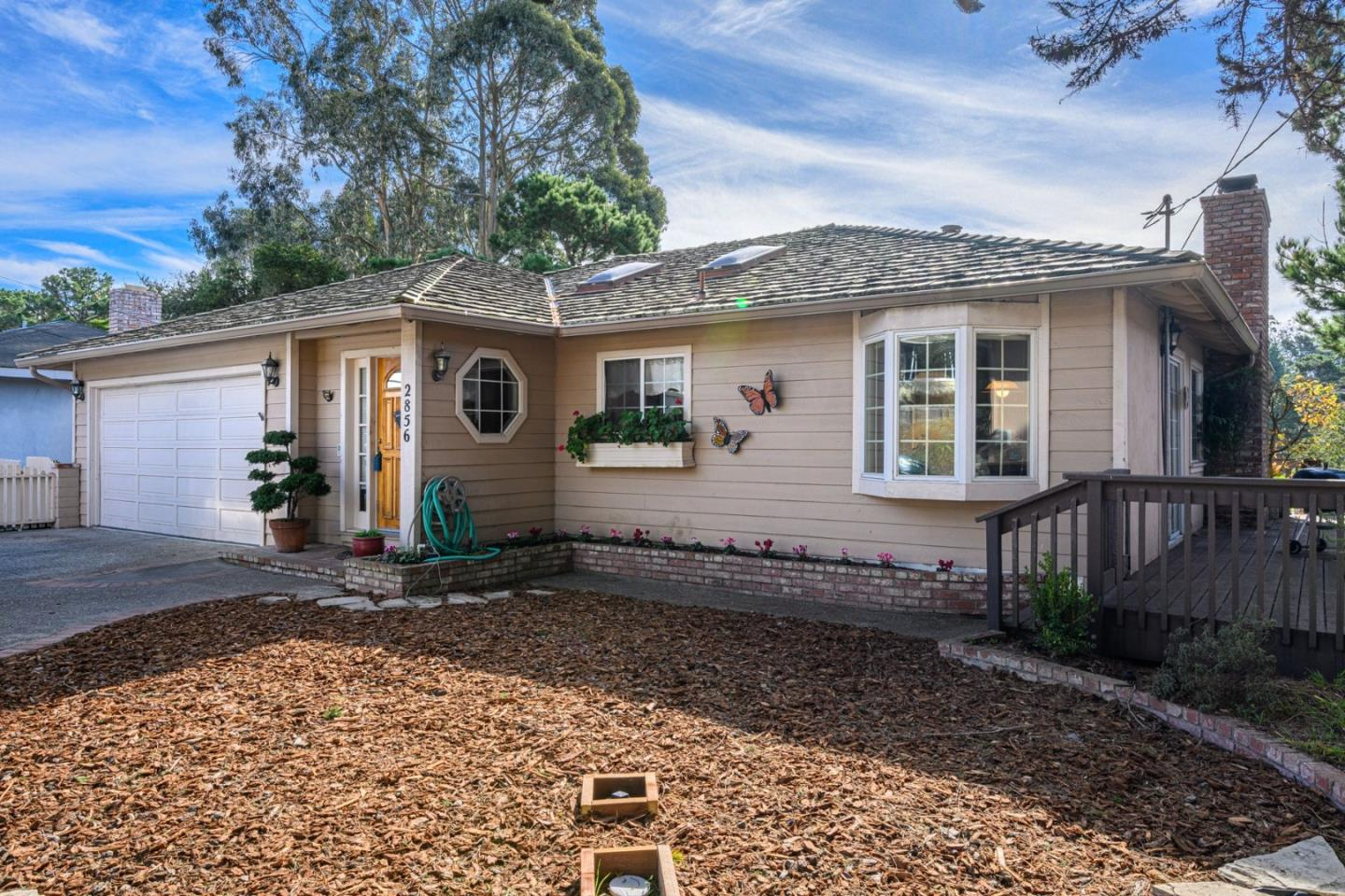 Detail Gallery Image 1 of 1 For 2856 Forest Hill Blvd, Pacific Grove,  CA 93950 - 3 Beds   2 Baths