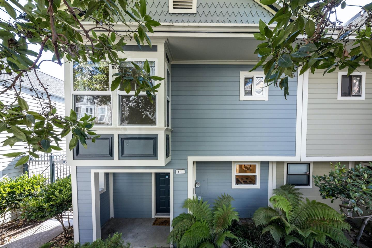 Detail Gallery Image 1 of 27 For 41 Littlefield Ter, San Francisco,  CA 94107 - 3 Beds | 1 Baths