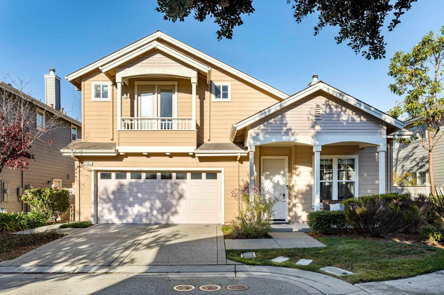 Detail Gallery Image 1 of 1 For 711 Lacewing Ln, Redwood City,  CA 94065 - 5 Beds   3 Baths
