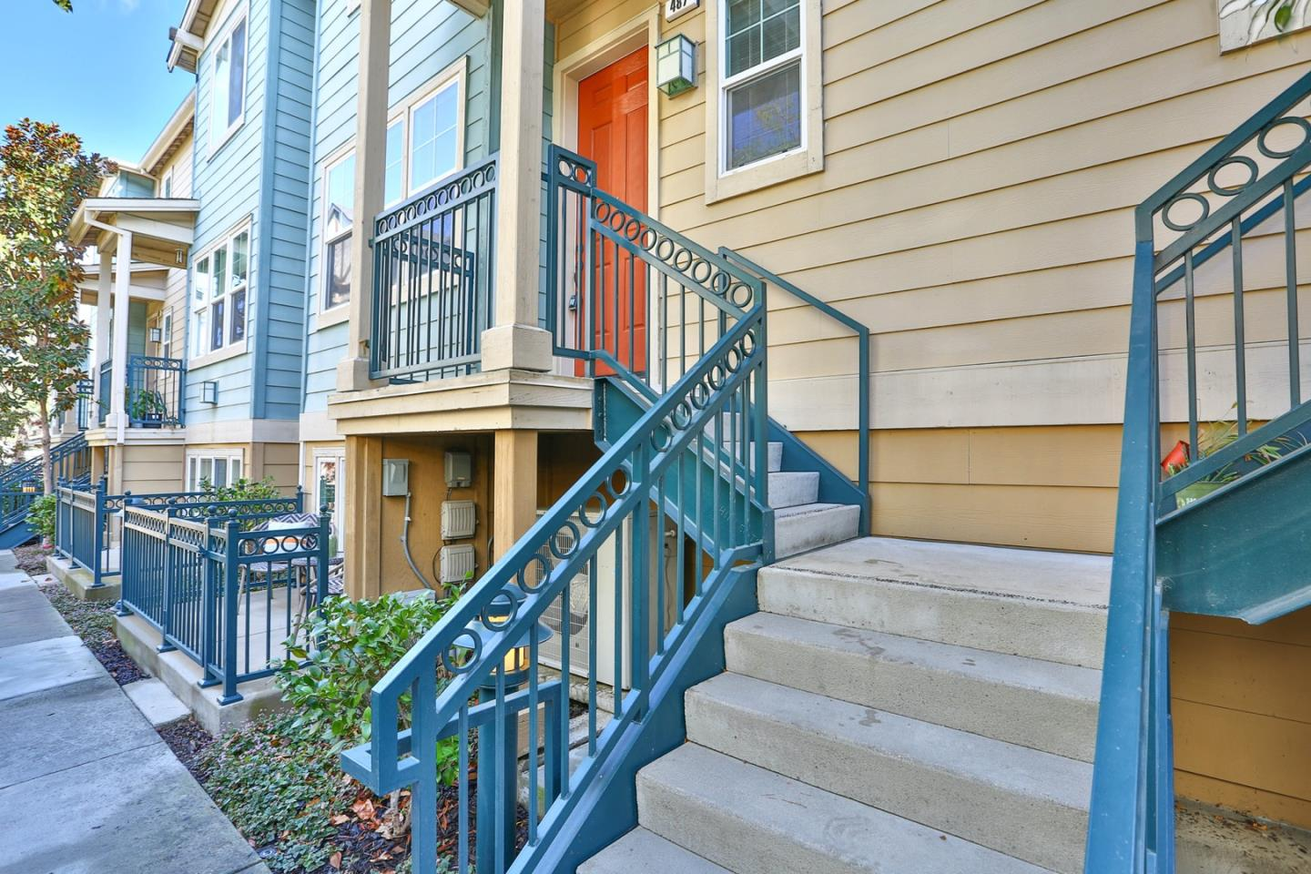 Detail Gallery Image 1 of 1 For 487 Sweetwood Ter, Sunnyvale,  CA 94086 - 3 Beds   2/1 Baths