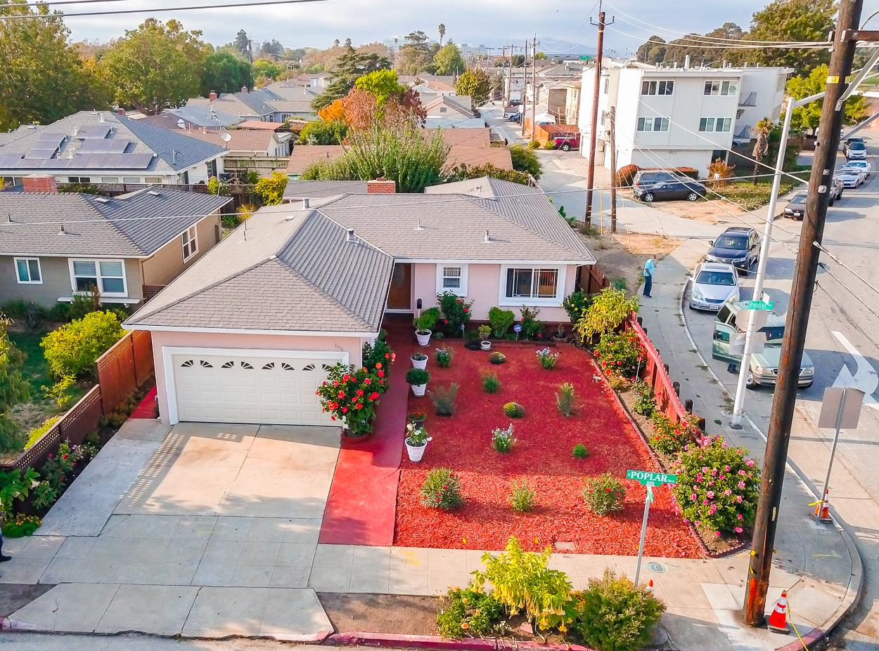 Detail Gallery Image 1 of 1 For 1115 E Poplar Ave, San Mateo,  CA 94401 - 3 Beds | 2 Baths