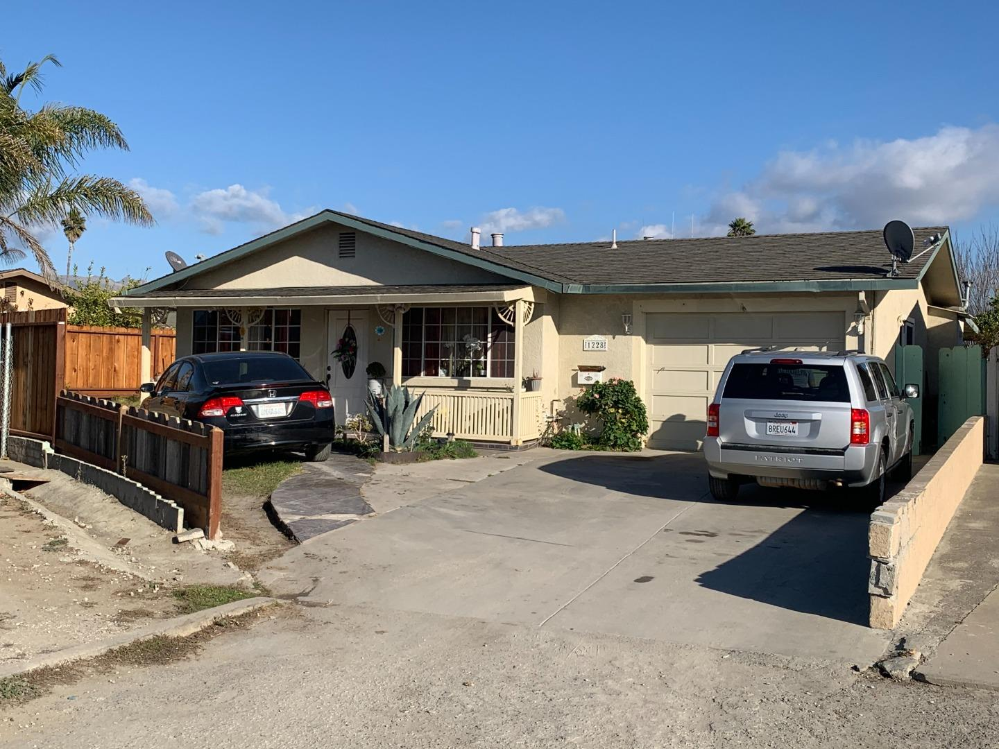 Detail Gallery Image 1 of 1 For 1228 Nogal Dr, Salinas,  CA 93905 - 3 Beds   2 Baths