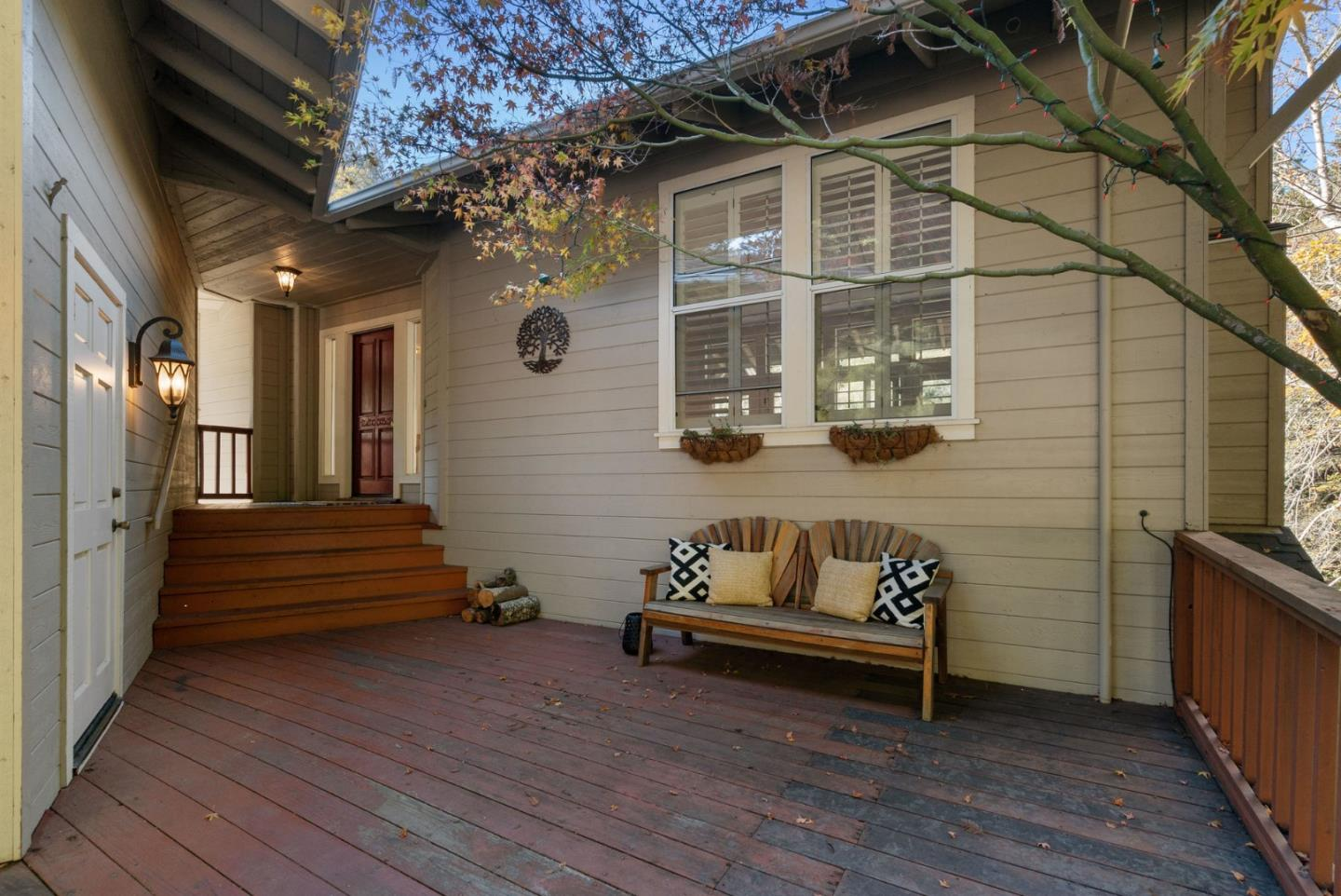 Detail Gallery Image 1 of 1 For 202 Carbonera Dr, Santa Cruz,  CA 95060 - 3 Beds | 2/1 Baths