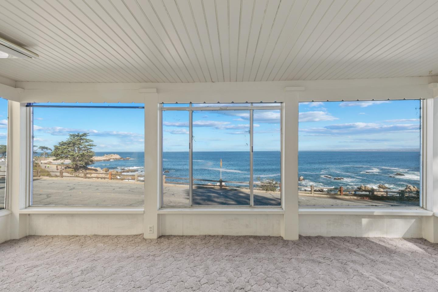 Detail Gallery Image 1 of 1 For 487 Ocean View Blvd, Pacific Grove,  CA 93950 - 3 Beds | 1/1 Baths
