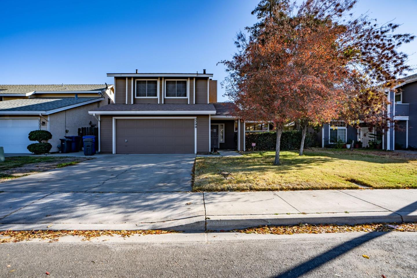 Detail Gallery Image 1 of 1 For 2200 N Tully Rd, Turlock,  CA 95380 - 3 Beds | 2/1 Baths