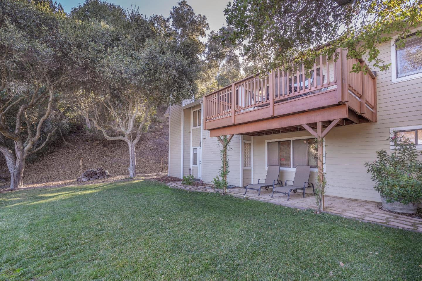 Detail Gallery Image 1 of 40 For 104 Robley Rd, Salinas,  CA 93908 - 3 Beds   2/1 Baths