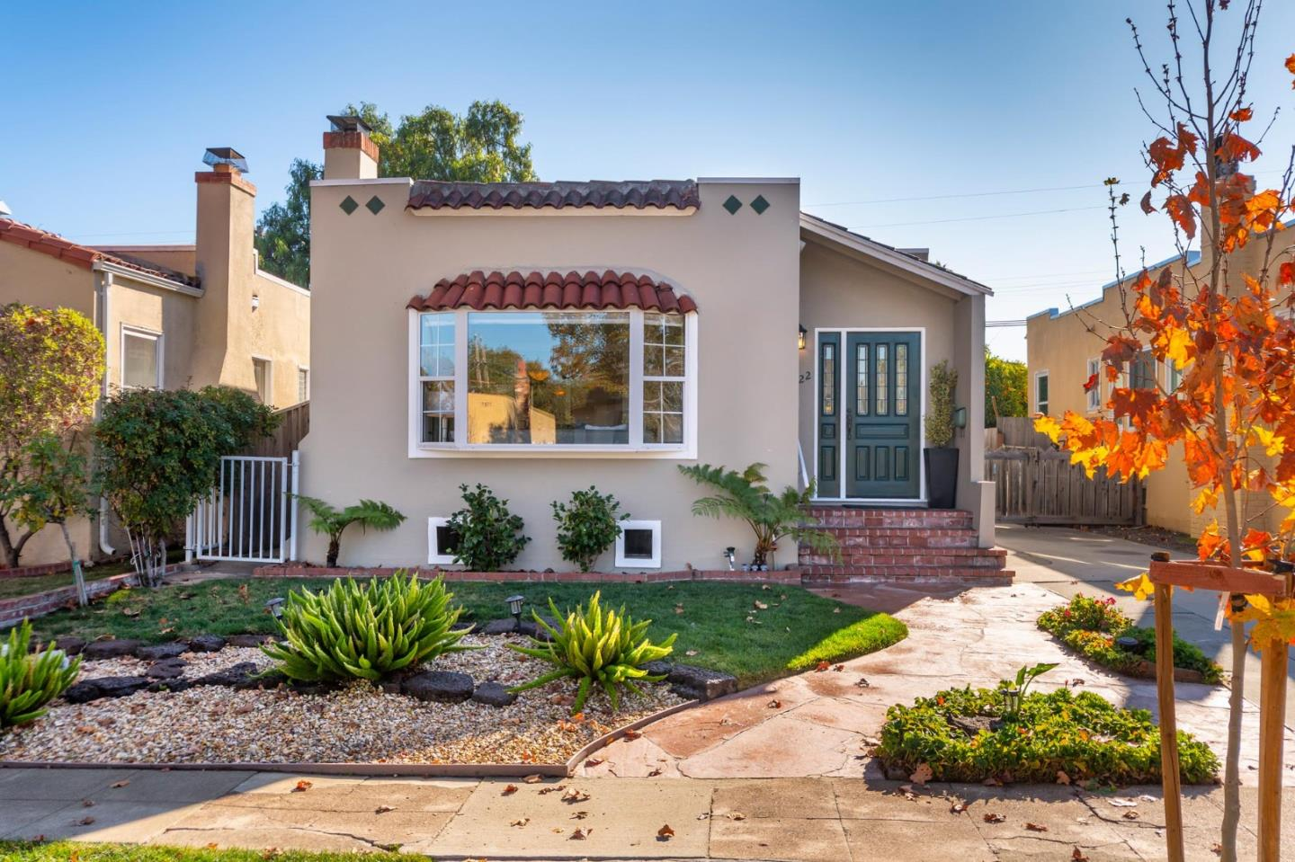 Detail Gallery Image 1 of 1 For 122 15th Ave, San Mateo,  CA 94402 - 3 Beds | 2 Baths